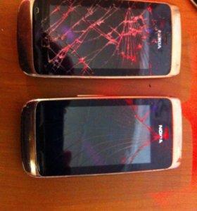 Телефоны Nokia оба за 600 рублей
