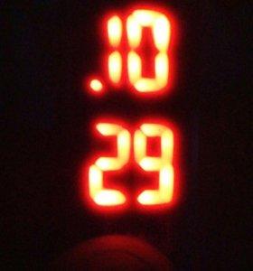 Часы наручные новые (велеки)