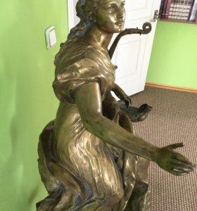 Статуя Густава Фредерика Мишеля