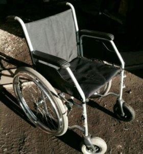 Кресло-коляска инвалидная 3.600 Сервис Meyra