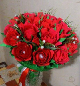 Букет с конфетами Rafaello, 30 цветов.
