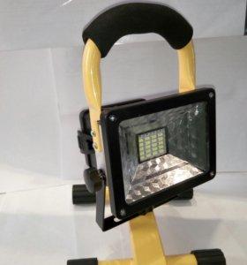 Прожектор. светодиодный фонарь.