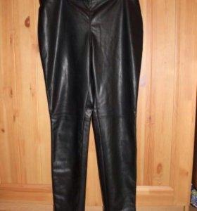 Фирменные брюки в идеальном состоянии