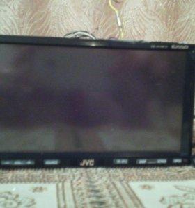 Автомагнитола DVD приемник с монитором.