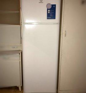 Холодильник Морозильник indesit ra32g.015