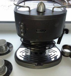 Кофеварка рожковая+ПОДАРОК.