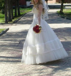 Свадебное платье 44- 48