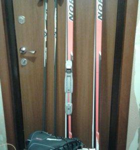 Лыжи беговые .Лыжные комплекты. Все новое