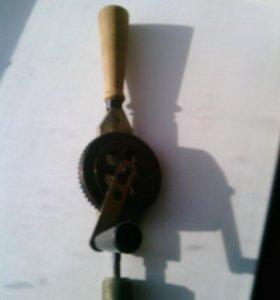 Коловорот ручная дрель