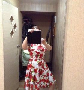 Шикарное платье 48р