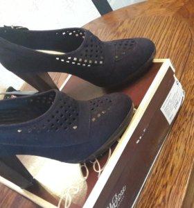 Дизайнерские туфли LelaRose