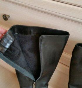 Новые кожаные сапоги 40р