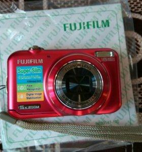 Фотоаппарат Fujifilm red НОВЫЙ!