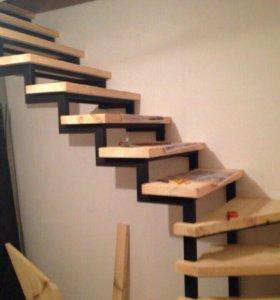 лестницы (металлические каркасы)