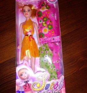 Набор кукла с платьями