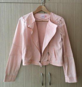 Джинсовая куртка косуха  Reserved новая