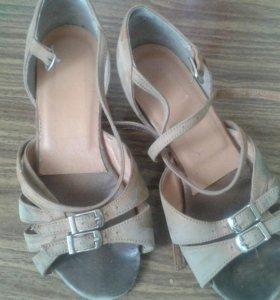 Туфли для танцев(танцевальный спорт)