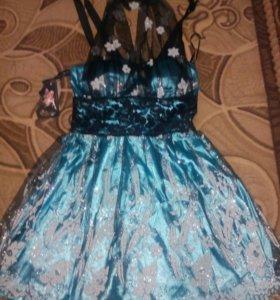 Платье подростковое нарядное.