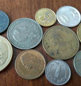 10 разных монет #33