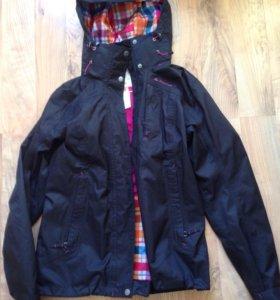 Куртка ветровка-QUECHUA