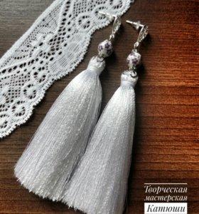 Серьги-Кисти белые