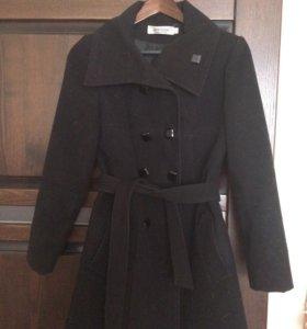 Пальто. Демисезонное