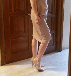 Дезайнерское платье