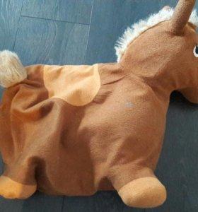 Лошадка надувная