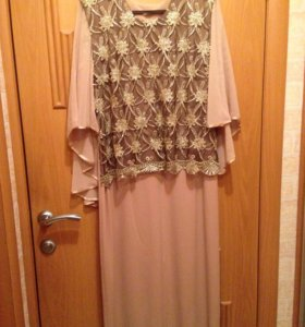 Нарядное платье 48-50 размер