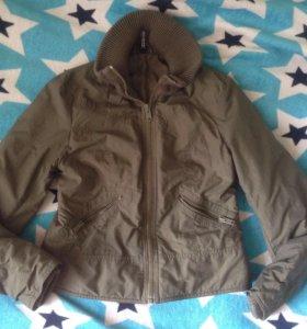 Курточка на тонком синтепоне 42-44