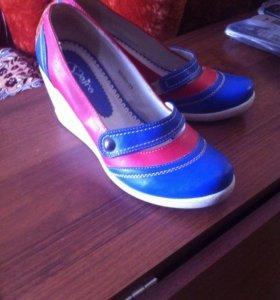 Туфли 39 размера, маломерки на 38 размер подойдут