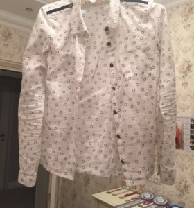 Современная блузка для девочки GeeJay!
