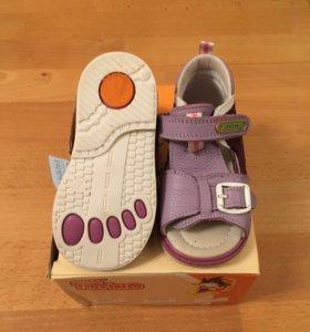 Ортопедические детские туфли