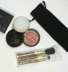 Новый набор для макияжа Avon
