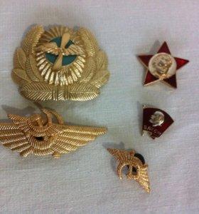 Кокарда и значки СССР