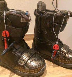 Ботинки для сноуборда Burton Axel женские