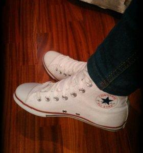 Новые белые Converse на тонкой подошве