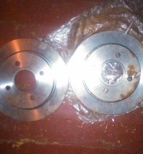 Задние тормозные диски новые форд фокус 1