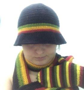 Шляпа, шарф и варежки вязаные