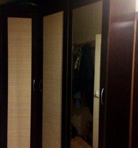 Шкаф для прихожей или комнаты