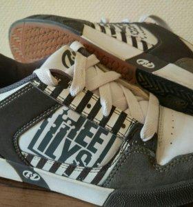 Роликовые кросcовки Heelys
