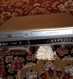 Комбинированный видеомагнитофон