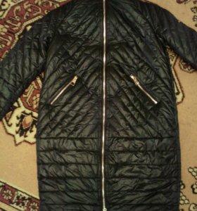 Новое демисезонное пальто Баон 44 р