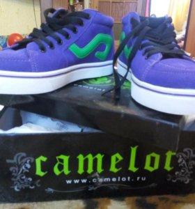 Продам кеды Camelot