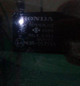 Стекло задней двери багажника(Хонда фит, джаз)