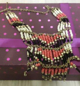 Женские ожерелья