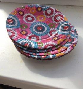 Тарелки цветные одноразовые
