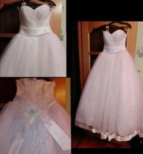 Свадебное платье 42рр