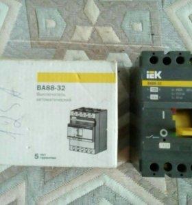 Автоматический выключатель IEK ВА88-32 125А