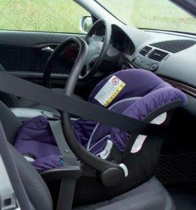 Автомобильное кресло Safety 1st